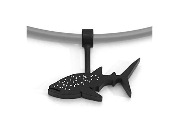 Amulett Fineline Walhai gepunktet klein (ohne Collier)