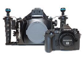 MIETE: SET Olympus OM-D Kamera E-M1 + Nauticam UW-Gehäuse NA-EM1