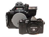 MIETE: SET Olympus OM-D Kamera E-M5 MII + Nauticam UW-Gehäuse NA-EM5 MII