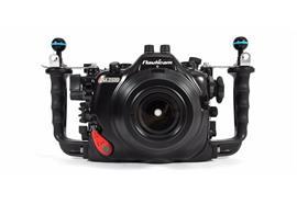 Custodia subacquea Nauticam NA-D500 per Nikon D500 (senza oblò)