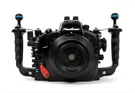 Custodia subacquea Nauticam NA-D750 per Nikon D750 (senza oblò)